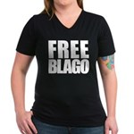 Free Illinois Governor Blagojevich, he's innocent! Women's V-Neck Dark T-Shirt